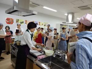 福岡大同青果にて「3種の葡萄食べ比べ」と秋野菜を使って「ベトナムランチプレート」レッスン